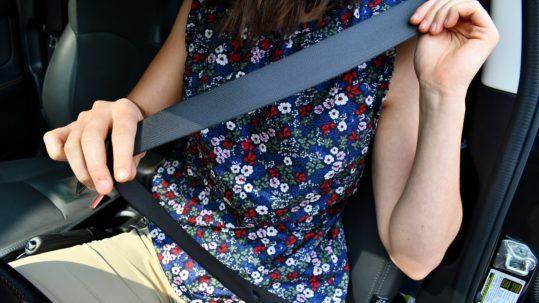 Uso del cinturon de seguridad en el autobus
